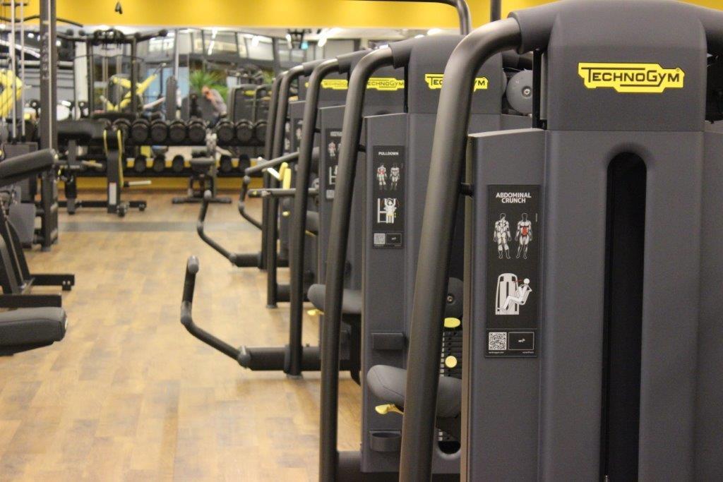 ausstattung angebot purfit einfach trainieren dein fitnessclub purfit einfach. Black Bedroom Furniture Sets. Home Design Ideas